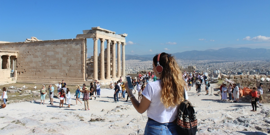 5 Tips For Solo Travelers in Athens