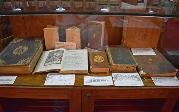 Public Historical Library of Andritsaina A Rare Library in the Peloponnese_03