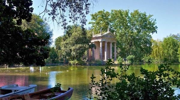 Roaming around Rome Top 10 Things to Do_01