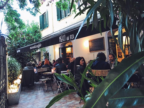Roaming around Rome Top 10 Things to Do_05