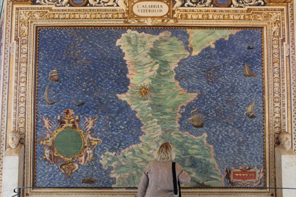 Roaming around Rome Top 10 Things to Do_10