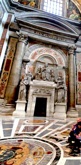 Peter's Basilica PORTRAIT STREET 2 1
