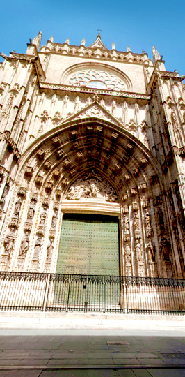 Seville Cathedral PORTRAIT STREET 4
