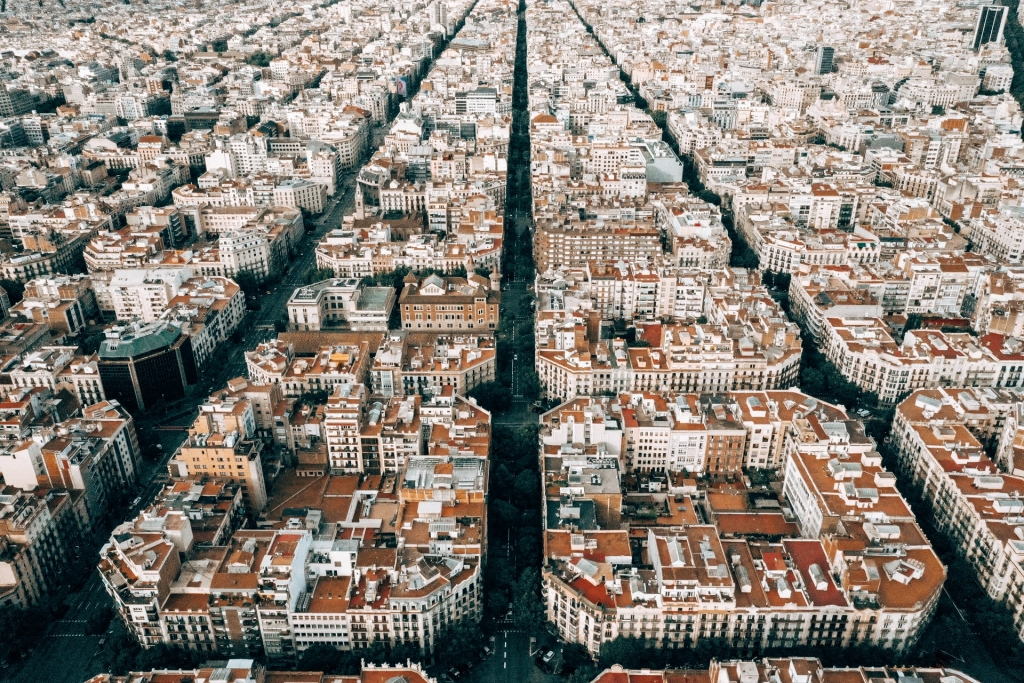Clio Muse creates new self-guided tours to barcelona