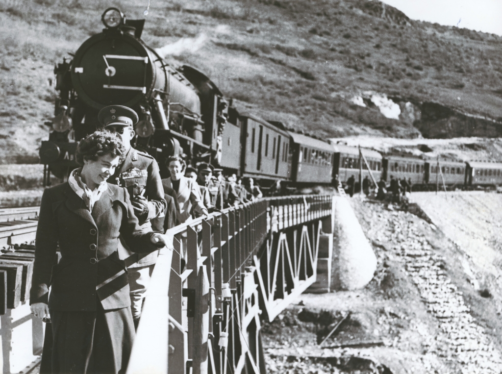 """Photography Museum """"Christos Kalemkeris""""  40 train stations and the history of Greek railway virtual tour experience"""