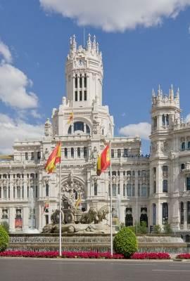 Madrid city tour Palacio de Comunicaciones